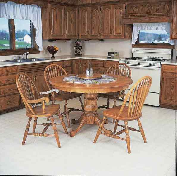 CST-Amish-Furniture-30-Single-Ped-Round-Table